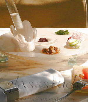 """caviar server"", ""glass caviar server"", ""caviar serving platter"", ""serving caviar"""