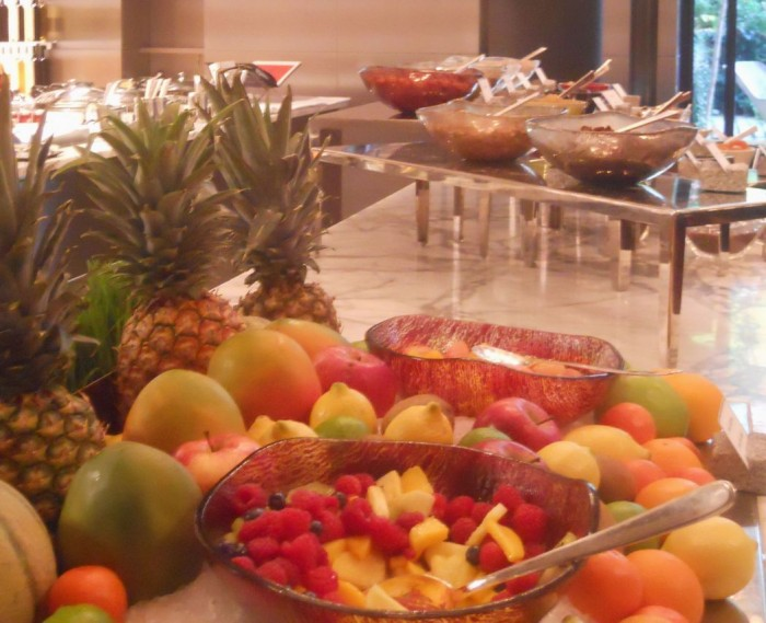 "brunch buffet dishes, ""fruit bowls"", ""fruit bowl"", ""buffet bowls"", ""fruit salad"", ""brunch"", ""Glass Studio"", ""La Cuisine"", ""Le Royal Monceau"""
