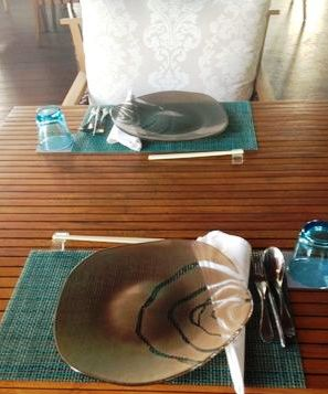 """""""show plate"""", """"charger plate"""", """"glass plate"""", """"dinner plate"""", """"dining plate"""", """"Glass Studio"""", """"W Bali"""""""