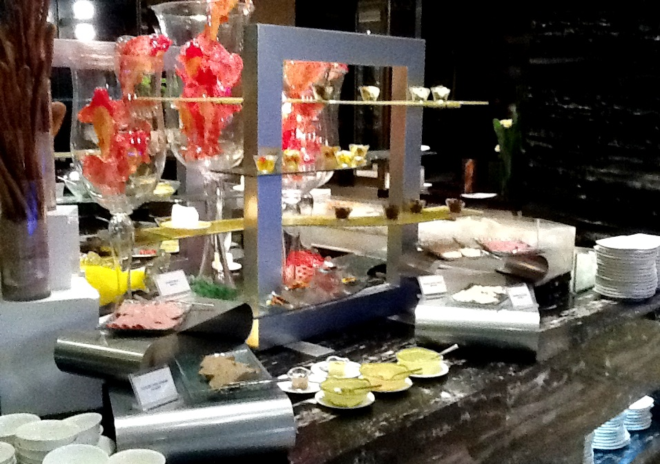 "buffet setting, ""buffet set"", ""buffet dinnerware"", ""buffet dining"", ""buffet setup"", ""buffetware"""
